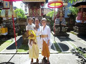 Ayu, Made and Brenda, ready for the procession. Photo by Brenda Hinton, Bali, November 2013